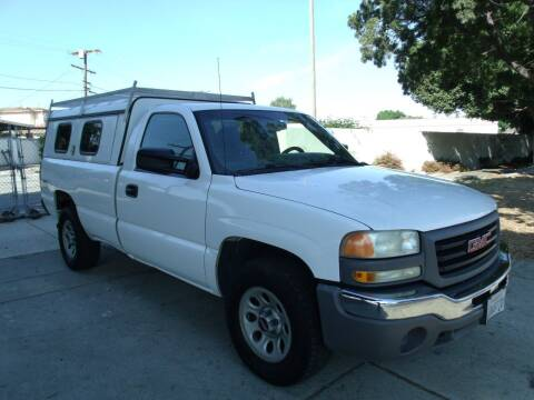 2007 GMC Sierra 1500 for sale at Hollywood Auto Brokers in Los Angeles CA