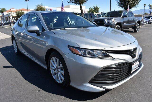 2020 Toyota Camry for sale at DIAMOND VALLEY HONDA in Hemet CA