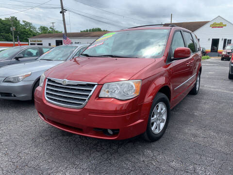 2010 Chrysler Town and Country for sale at Credit Connection Auto Sales Dover in Dover PA
