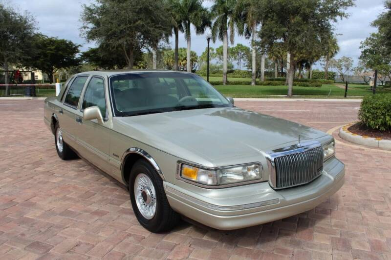 1997 Lincoln Town Car for sale at LIBERTY MOTORCARS INC in Royal Palm Beach FL