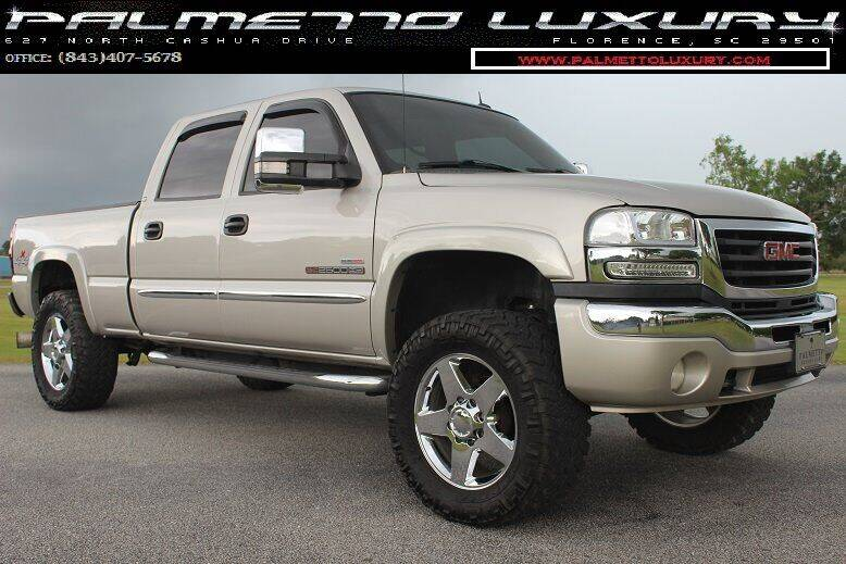 2005 GMC Sierra 2500HD for sale at Palmetto Luxury Cars in Florence SC
