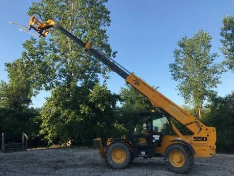 2002 JCB 550 for sale at Premier Auto & Parts in Elyria OH