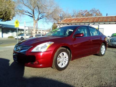 2010 Nissan Altima for sale at Larry's Auto Sales Inc. in Fresno CA