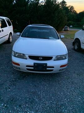 1996 Nissan Maxima for sale at WARREN'S AUTO SALES in Maryville TN