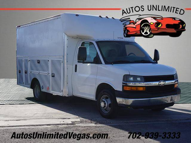 2005 Chevrolet Express Cutaway for sale at Autos Unlimited in Las Vegas NV