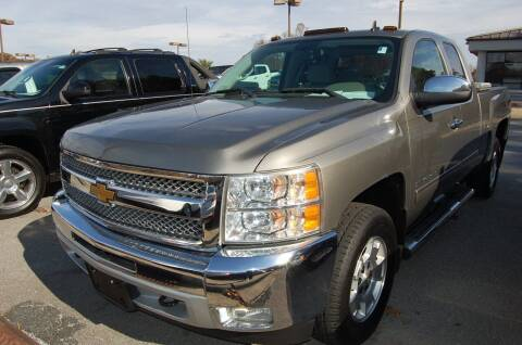 2013 Chevrolet Silverado 1500 for sale at Modern Motors - Thomasville INC in Thomasville NC