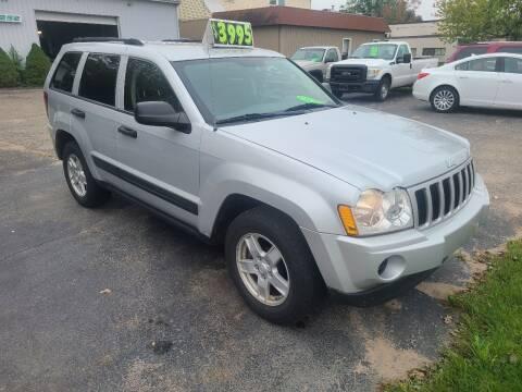 2006 Jeep Grand Cherokee for sale at Van Kalker Motors in Grand Rapids MI