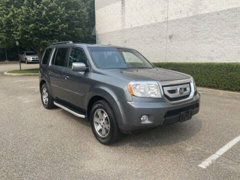 2011 Honda Pilot for sale at Select Auto in Smithtown NY