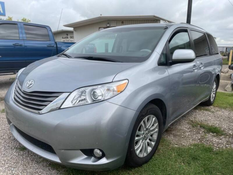 2013 Toyota Sienna for sale at Lumpy's Auto Sales in Oklahoma City OK