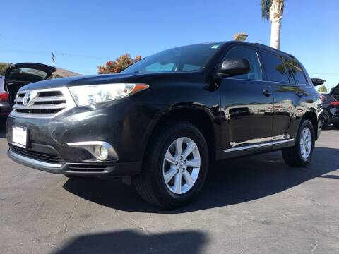 2011 Toyota Highlander for sale at Auto Max of Ventura in Ventura CA