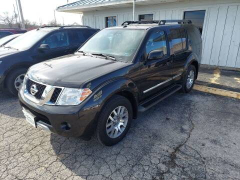 2011 Nissan Pathfinder for sale at Bourbon County Cars in Fort Scott KS