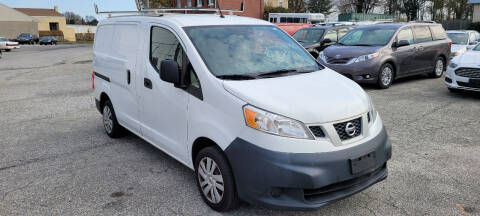 2013 Nissan NV200 for sale at WEELZ in New Castle DE