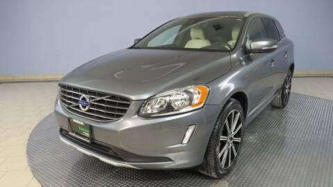 2016 Volvo XC60 for sale at Hagan Automotive in Chatham IL