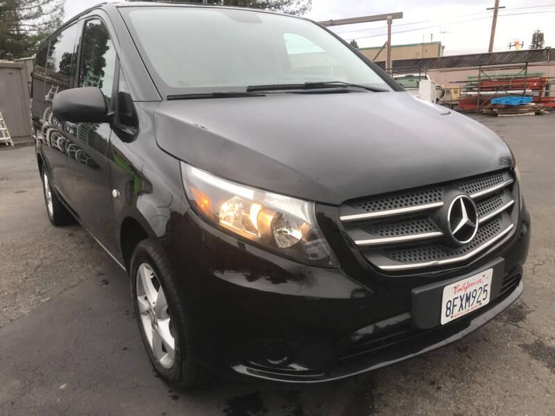 2018 Mercedes-Benz Metris for sale at AutoDistributors Inc in Fulton CA