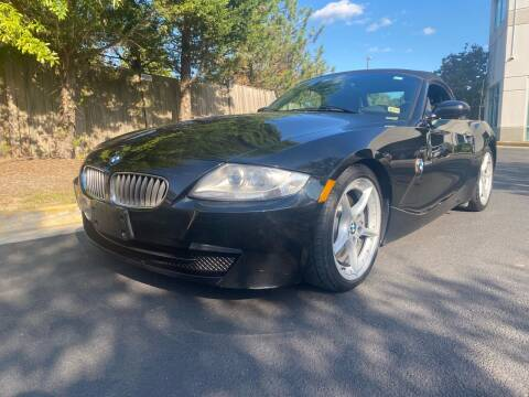2006 BMW Z4 for sale at Super Bee Auto in Chantilly VA