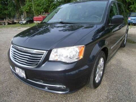 2014 Chrysler Town and Country for sale at HALL OF FAME MOTORS in Rittman OH