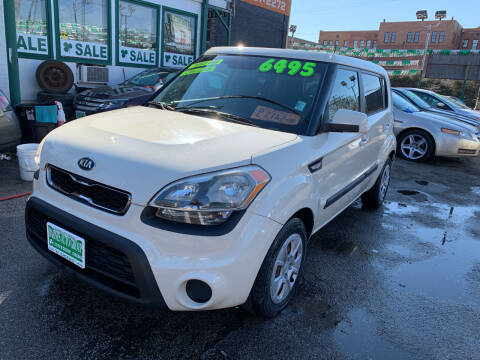 2013 Kia Soul for sale at Barnes Auto Group in Chicago IL