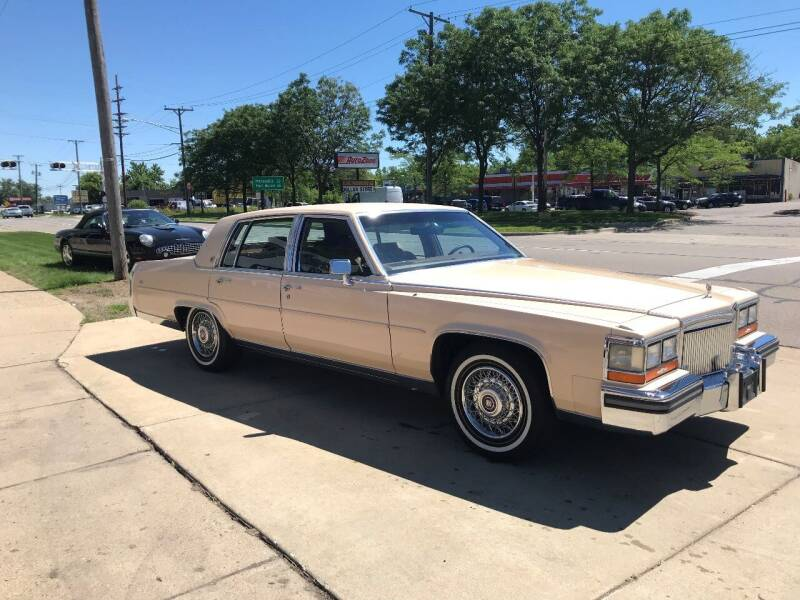 1989 Cadillac Brougham for sale at MICHAEL'S AUTO SALES in Mount Clemens MI
