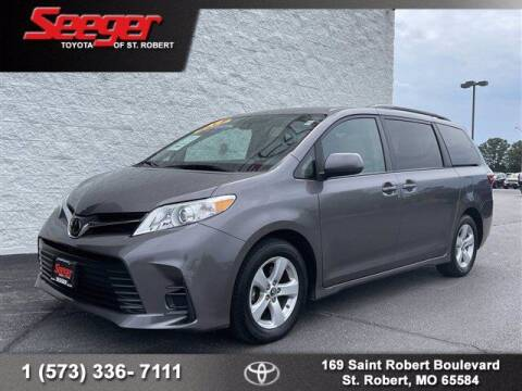 2019 Toyota Sienna for sale at SEEGER TOYOTA OF ST ROBERT in Saint Robert MO