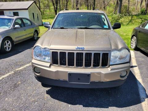 2005 Jeep Grand Cherokee for sale at Sussex County Auto & Trailer Exchange -$700 drives in Wantage NJ