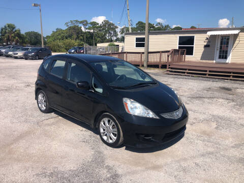 2009 Honda Fit for sale at Friendly Finance Auto Sales in Port Richey FL