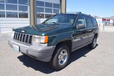 1998 Jeep Grand Cherokee for sale at Global Elite Motors LLC in Wenatchee WA