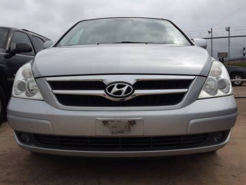 2008 Hyundai Entourage for sale at Auto Haus Imports in Grand Prairie TX