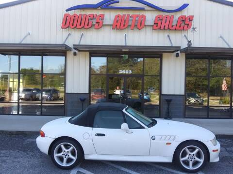 1998 BMW Z3 for sale at DOUG'S AUTO SALES INC in Pleasant View TN