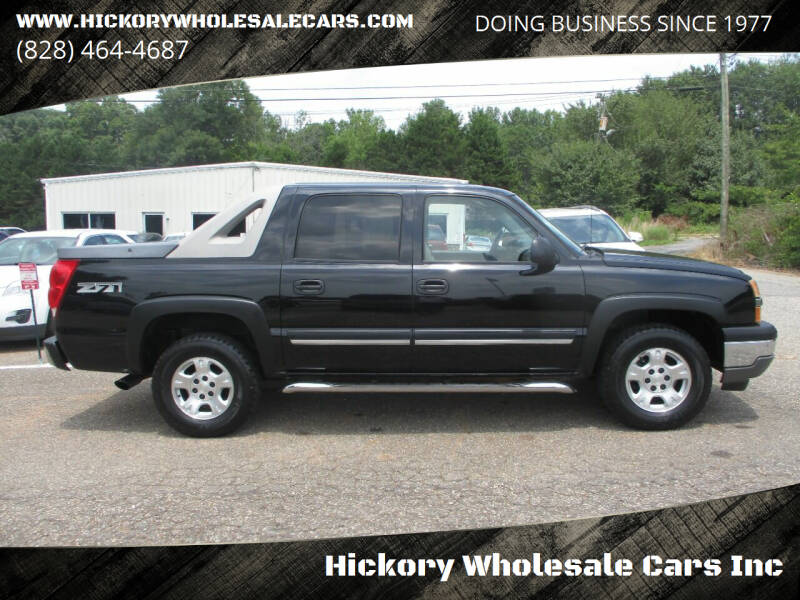 2005 Chevrolet Avalanche for sale at Hickory Wholesale Cars Inc in Newton NC