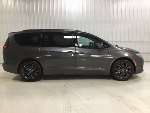 2018 Chrysler Pacifica for sale at Elhart Automotive Campus in Holland MI