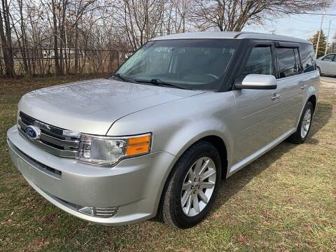 2012 Ford Flex for sale at CItywide Auto Credit in Oregon OH