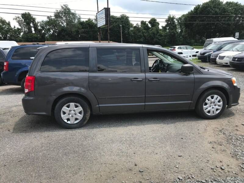 2015 Dodge Grand Caravan for sale at BT Mobility LLC in Wrightstown NJ