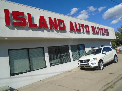 2012 Mercedes-Benz M-Class for sale at Island Auto Buyers in West Babylon NY
