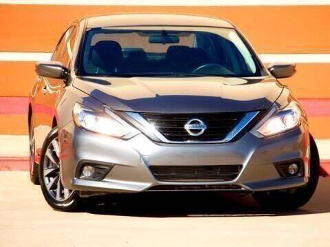 2018 Nissan Altima for sale at Auto Hunters in Houston TX