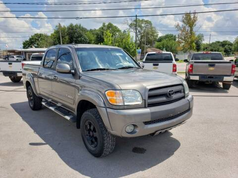 2004 Toyota Tundra for sale at RODRIGUEZ MOTORS CO. in Houston TX