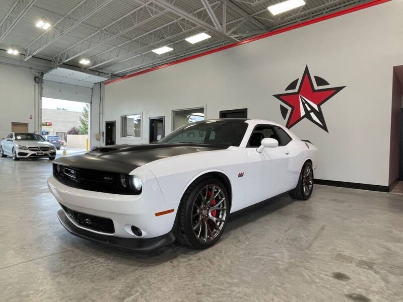 2015 Dodge Challenger for sale at CarNova - Shelby Township in Shelby Township MI