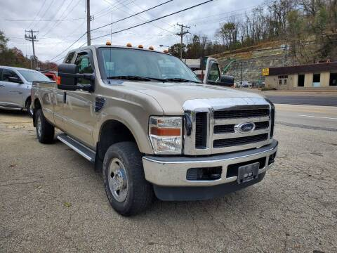 2009 Ford F-250 Super Duty for sale at FAYAD AUTOMOTIVE GROUP in Pittsburgh PA