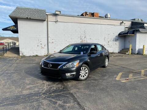 2014 Nissan Altima for sale at Santa Motors Inc in Rochester NY
