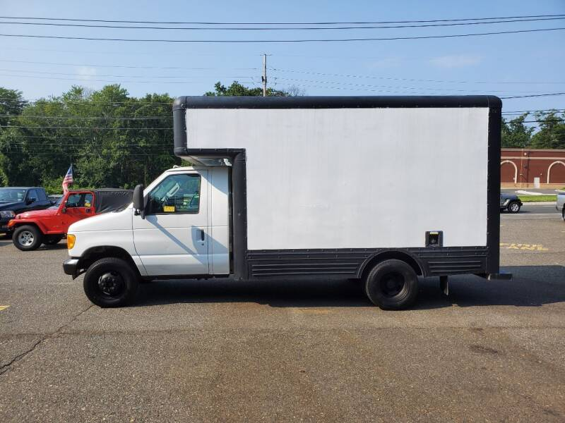 2006 Ford E-Series Chassis for sale at CANDOR INC in Toms River NJ