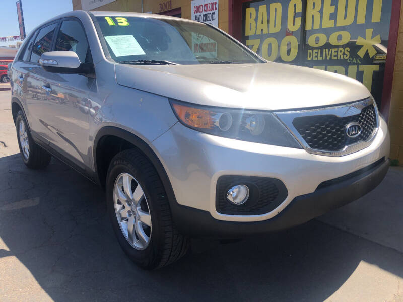 2013 Kia Sorento for sale at Sunday Car Company LLC in Phoenix AZ