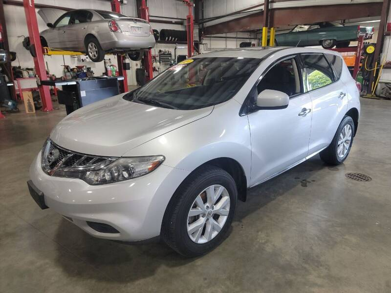 2014 Nissan Murano for sale at Hometown Automotive Service & Sales in Holliston MA