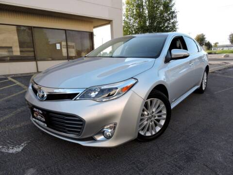 2013 Toyota Avalon Hybrid for sale at PK MOTORS GROUP in Las Vegas NV