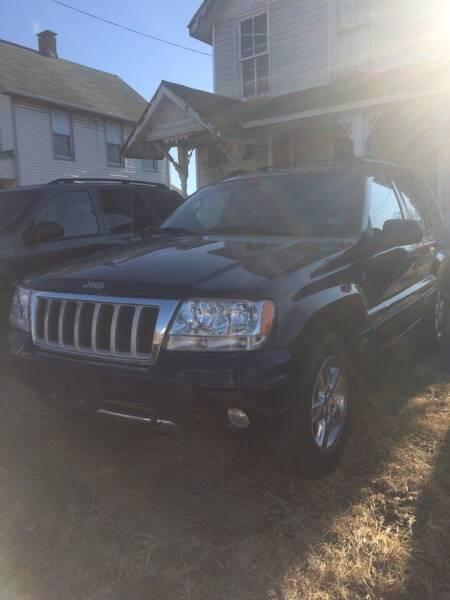 2004 Jeep Grand Cherokee for sale at Village Auto Center INC in Harrisonburg VA