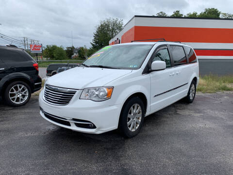 2015 Chrysler Town and Country for sale at Credit Connection Auto Sales Dover in Dover PA