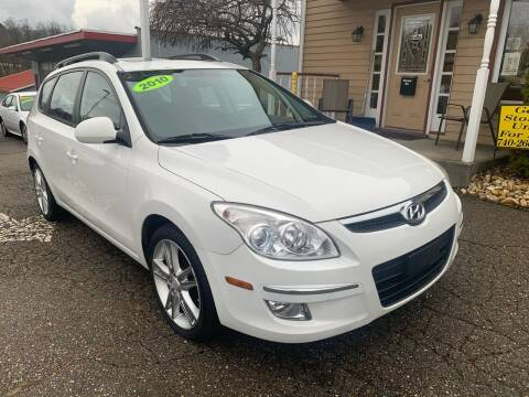 2010 Hyundai Elantra Touring for sale at G & G Auto Sales in Steubenville OH