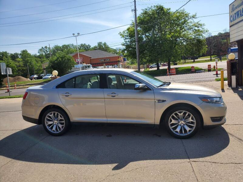2017 Ford Taurus for sale at RIVERSIDE AUTO SALES in Sioux City IA