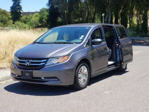 2015 Honda Odyssey for sale at Gateway Motors in Hayward CA