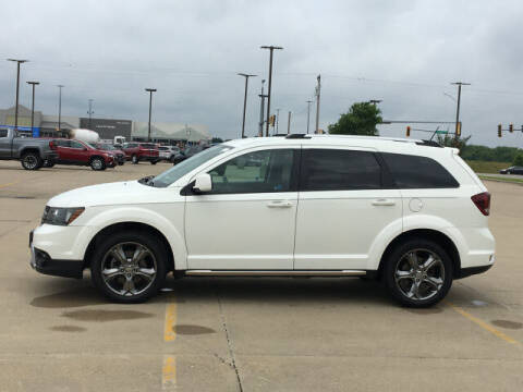 2017 Dodge Journey for sale at LANDMARK OF TAYLORVILLE in Taylorville IL