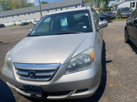 2005 Honda Odyssey for sale at Whiting Motors in Plainville CT