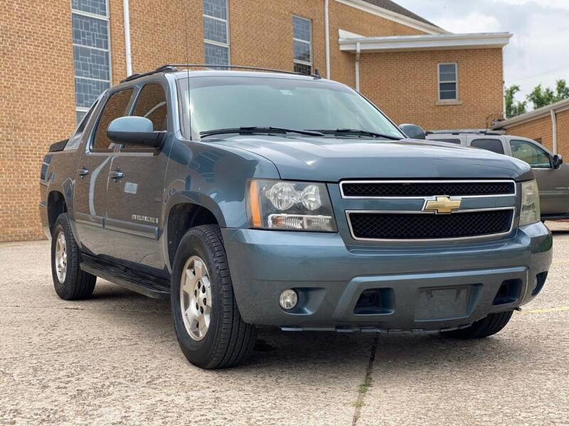 2008 Chevrolet Avalanche for sale at Auto Start in Oklahoma City OK
